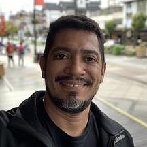 Alex Moura-avatar-image